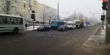 У Франківську автобус з військовими потрапив у ДТП. ФОТО