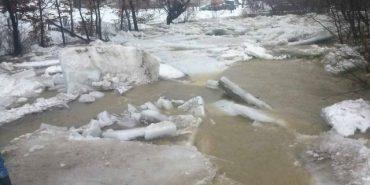 """Закарпаття у воді: Затоплено 525 дворогосподарств, """"плавають"""" будинки, евакуйовують людей. ФОТО+ВІДЕО"""