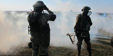 Доба в АТО: троє військових загинули, семеро поранено