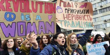 """""""Жінки з України сексуальні, покірні й пробачають зраду"""" — скандал на телешоу в Італії"""