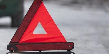 На Прикарпатті автомобіль вилетів з дороги — двоє пасажирів у лікарні