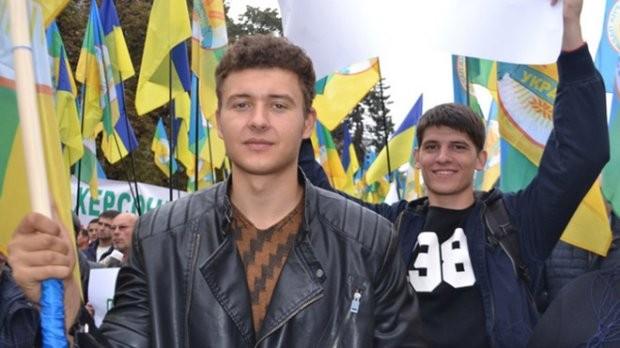 Відремонтовані дороги та укомплектовані навчальні заклади: наймолодший в Україні голова подарував селу друге життя