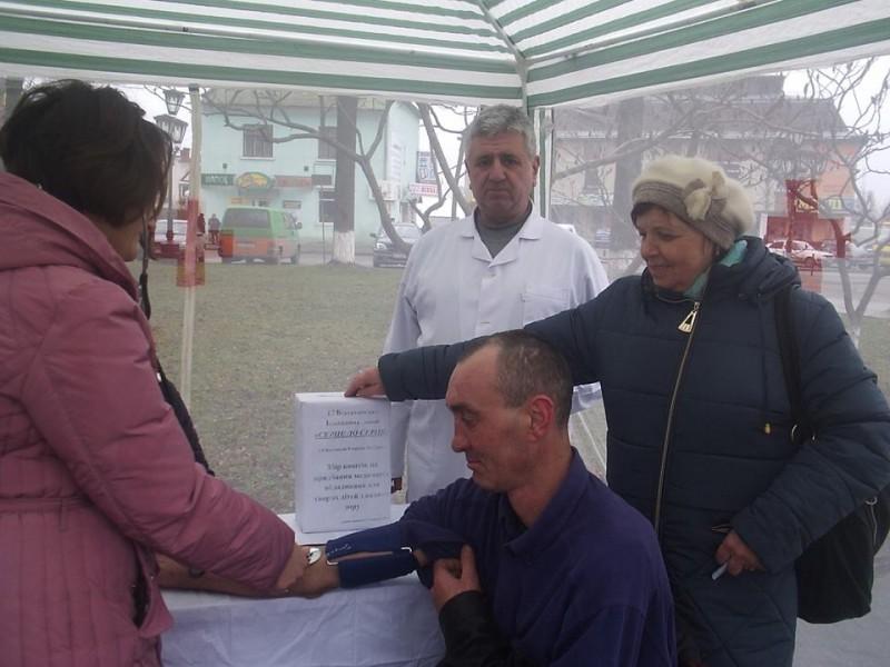 На Прикарпатті збирають кошти на придбання медичного обладнання для дітей з вадами зору