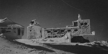 У мережі з'явилися фото обсерваторії на горі Піп Іван ХХ століття