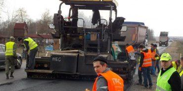 У Коломиї триває ремонт об'їзної дороги. ВІДЕО