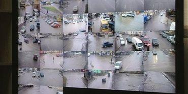 Під прицілом 38 відеокамер: у Коломиї ведеться відеоспостереження за автівками і перехожими