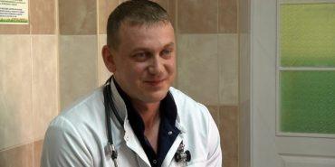 Лікар Сергій Максимов з Коломиї розповів, як допомагав нашим військовим на передовій. ВІДЕО