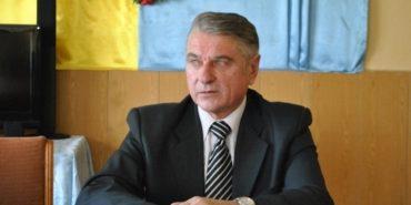 Коломийський суд відправив додому екс-директора Снятинського інтернату, обвинуваченого у замаху на умисне убивство