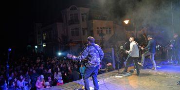 """Рок-гурт """"Мотор'Ролла"""" на фестивалі """"Писанка"""" у Коломиї відіграв запальний концерт. ФОТОРЕПОРТАЖ"""