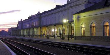 """""""Укрзалізниця"""" вимагає компенсації за пільгові перевезення, але в міському бюджеті Коломиї на це коштів немає"""