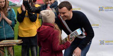 """Майже 1200 дітей з цілої Коломийщини створили великодні малюнки на конкурс від БФ """"Покуття"""". ФОТОРЕПОРТАЖ"""