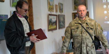 У Коломиї презентували збірник нарисів про вояків АТО з Коломийщини та літературний збірник переселенців про війну