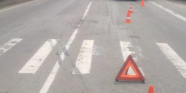 На Прикарпатті водій збив на переході 18-річну дівчину