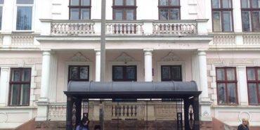 У Коломиї облаштують дві ковані зупинки по 40 тисяч грн. ФОТО