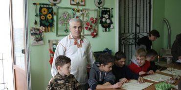 Олег Кіращук з Коломиї – про писанки і війну на Сході. ФОТО