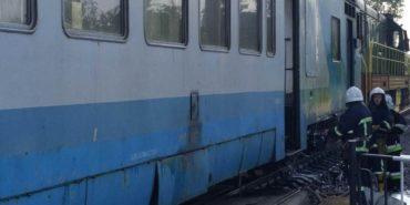 """У потязі """"Чернівці – Коломия"""" ніхто не постраждав, а задимлення виникло через тертя колодки — """"Укрзалізниця"""""""