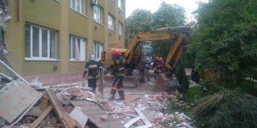 У Коломиї 248 рятувальників розібрали завали пошкодженої частини коледжу