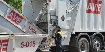 З наступного місяця у Коломиї зростуть тарифи на вивезення сміття