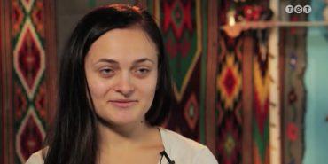 """Молода мама з Косівщини помінялась життям з одеською моделлю у телешоу """"Панянка-селянка"""""""