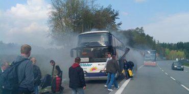 У Чехії спалахнув автобус, який віз пасажирів з Прикарпаття. ФОТО
