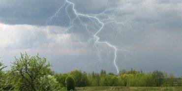 Грози, шквали та підйом води: на Франківщині сьогодні знову штормитиме