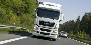 В літній період на Прикарпатті обмежили рух вантажівок
