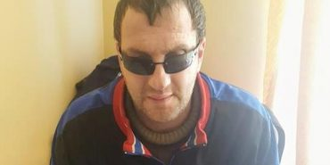 Волонтери влаштували незрячого ветерана АТО на лікування у Коломийський госпіталь