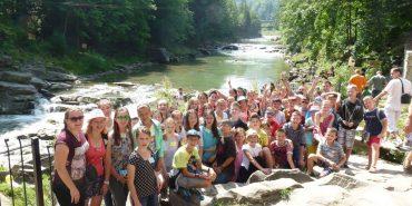 """Коломийську молодь запрошують у літній табір """"Канікули з Богом"""". ФОТО"""