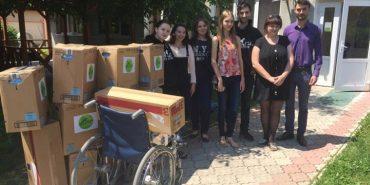 """Волонтери """"Коник Хелп"""" допомагають Єдиному центру надання реабілітаційних та соціальних послуг Коломиї. ФОТО"""