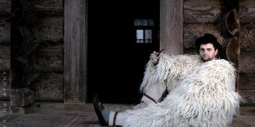 На Косівщині живе колекціонер та дослідник гуцульського строю. ФОТО