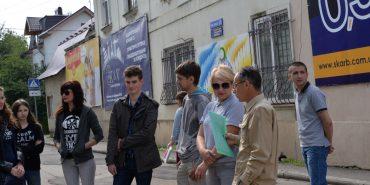 У Коломиї підприємці вийшли на акцію протесту проти перекриття вулиці Валової. ФОТОРЕПОРТАЖ