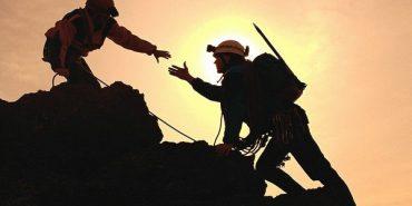 Від початку року на Прикарпатті гірські пошукові підрозділи врятували 375 туристів