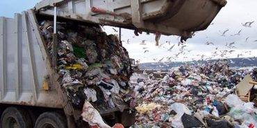 """У Коломиї """"зникли"""" сміттєві баки. ФОТО"""