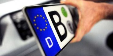 Прикарпатські депутати проситимуть владу врегулювати ситуацію з іноземними авто
