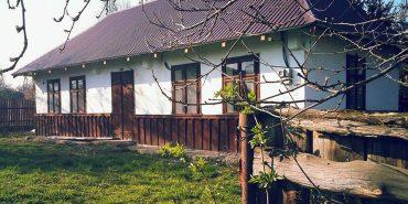 """Дизайнер перетворить стару хату свого прадіда на  Коломийщині у """"Creative Rural Hub"""". ФОТО"""