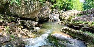 Забуті куточки Прикарпаття: кам'яна краса ландшафтного заказника Бовкоти. ФОТО