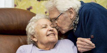 Солдат, який врятував жінку під час Голокосту, прожив з нею у шлюбі більше 70 років
