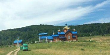 Монастир на Франківщині перейшов з підпорядкування УАПЦ у юрисдикцію Київського Патріархату