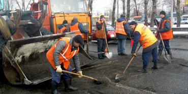 300 мільйонів гривень витратять на ремонт дороги від Делятина до Раківчика, що на Коломийщині
