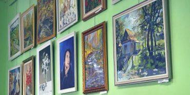 40 живописних полотен презентували митці з Закарпаття у Коломиї. ВІДЕО