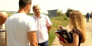 На Коломийщині розгорівся земельний конфлікт: дві агрофірми не поділили поле. ВІДЕО