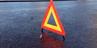 Чергова ДТП на Прикарпатті: у лобовому зіткненні автомобілів постраждало троє людей, серед яких 5-річна дитина