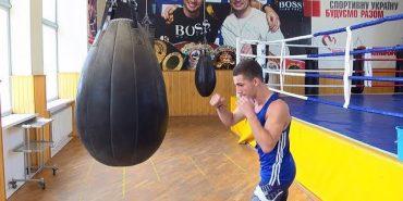 Чемпіоном України з боксу серед юніорів став коломиянин Ярослав Михалушко. ВІДЕО