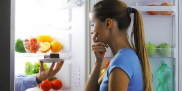 Науковці довели, що їсти перед сном не варто