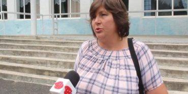 На Прикарпатті громада протестує проти повернення на роботу екс-директора школи. ВІДЕО