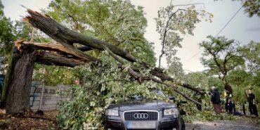 Руйнівний ураган з Румунії наближається на Україну