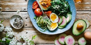 Дієтолог розповіла як треба харчуватися, щоб зберегти молодість