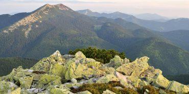 У горах на Прикарпатті у 43-річного туриста стався інфаркт
