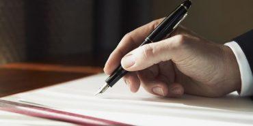 На Прикарпатті батьки вимагають звільнити вчительку, яка занижувала учням оцінки