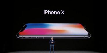 Apple представила новий iPhone X, який значно відрізняється від всіх попередніх розробок. ФОТО+ВІДЕО